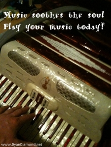 Play Your Music!